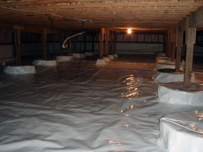 crawl space cleanup in toronto markham mississauga crawl space