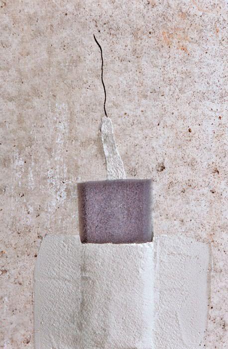 seal wall cracks repairing and sealing wall cracks will prevent